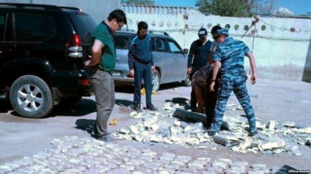 МВД РФ: основная масса афганского героина идет в Россию через Казахстан